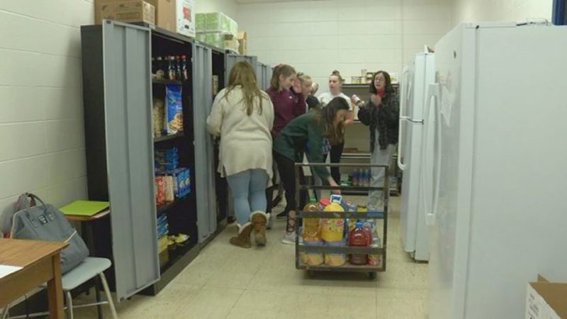 North High Cheer Donates 1,300 pounds of food for food pantry