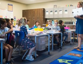 Second grade teacher Carrie Edwards talks with students at Bryant Elementary School on Aug. 23. Photo by Justin Wan, Sioux City Journal.