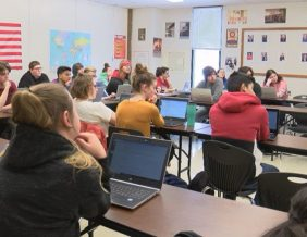 Students at East High School Participate in Iowa Youth Straw Poll