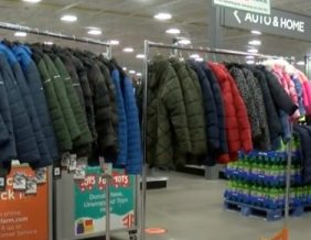 Local business donates winter apparel for Siouxland students